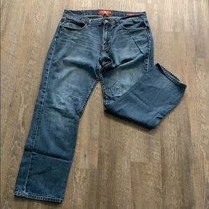Lucky Brand men's straight jeans 38x32